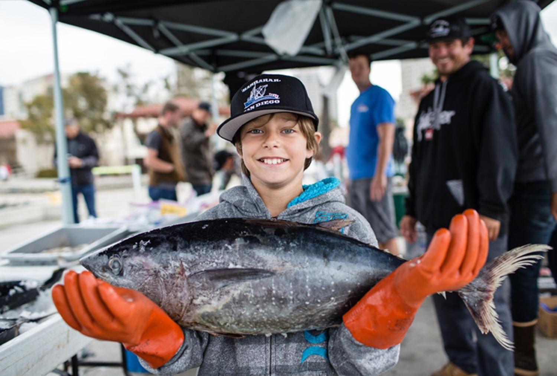 kid-holding-large-fish.jpg