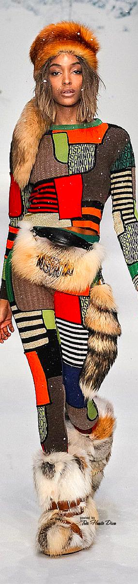 Moschino FW2015-16-f-web.jpg
