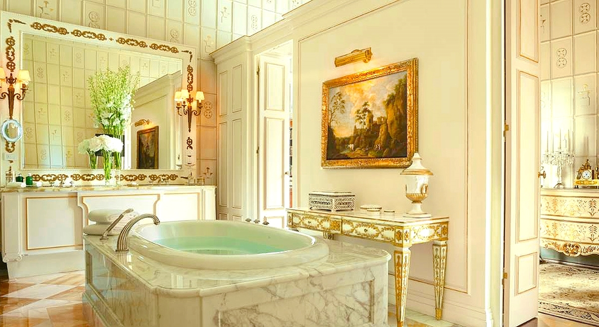 The Royal Suite Bathroom