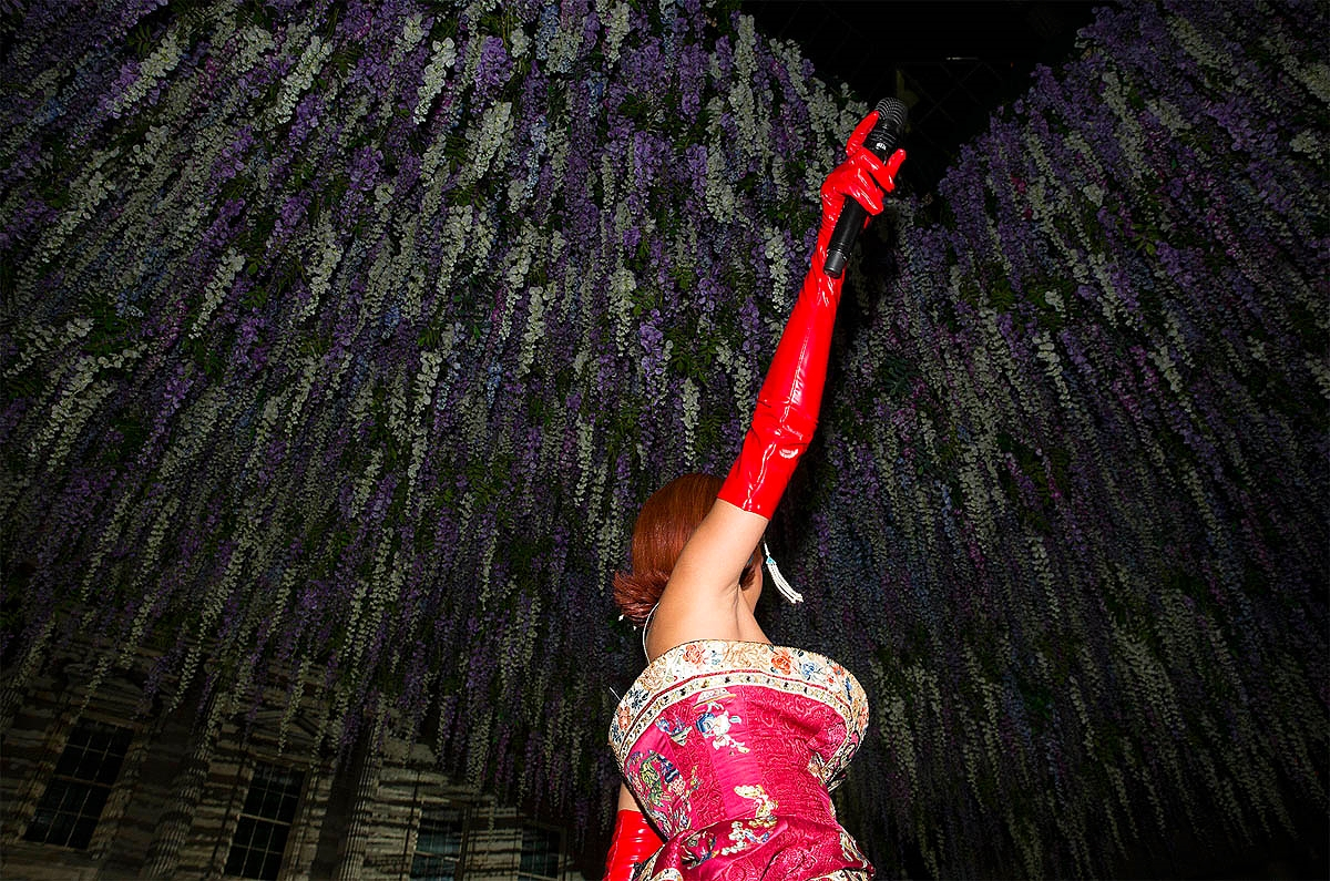 Rihanna performing   Photo: Kevin Tachman/ Vogue