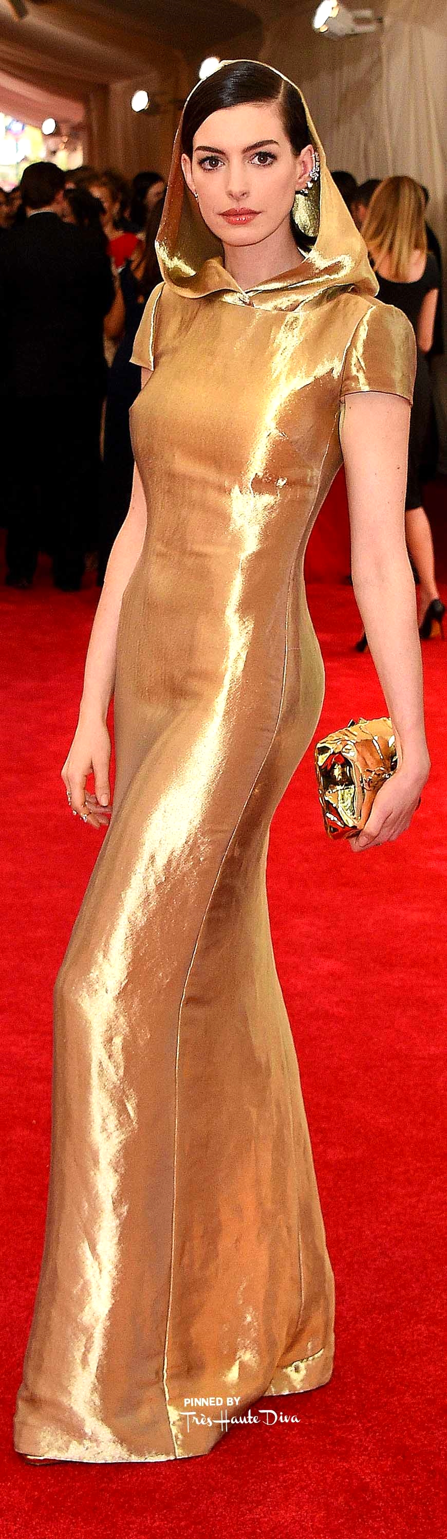 Anne Hathaway in Ralph Lauren Getty Images/ Larry Busacca