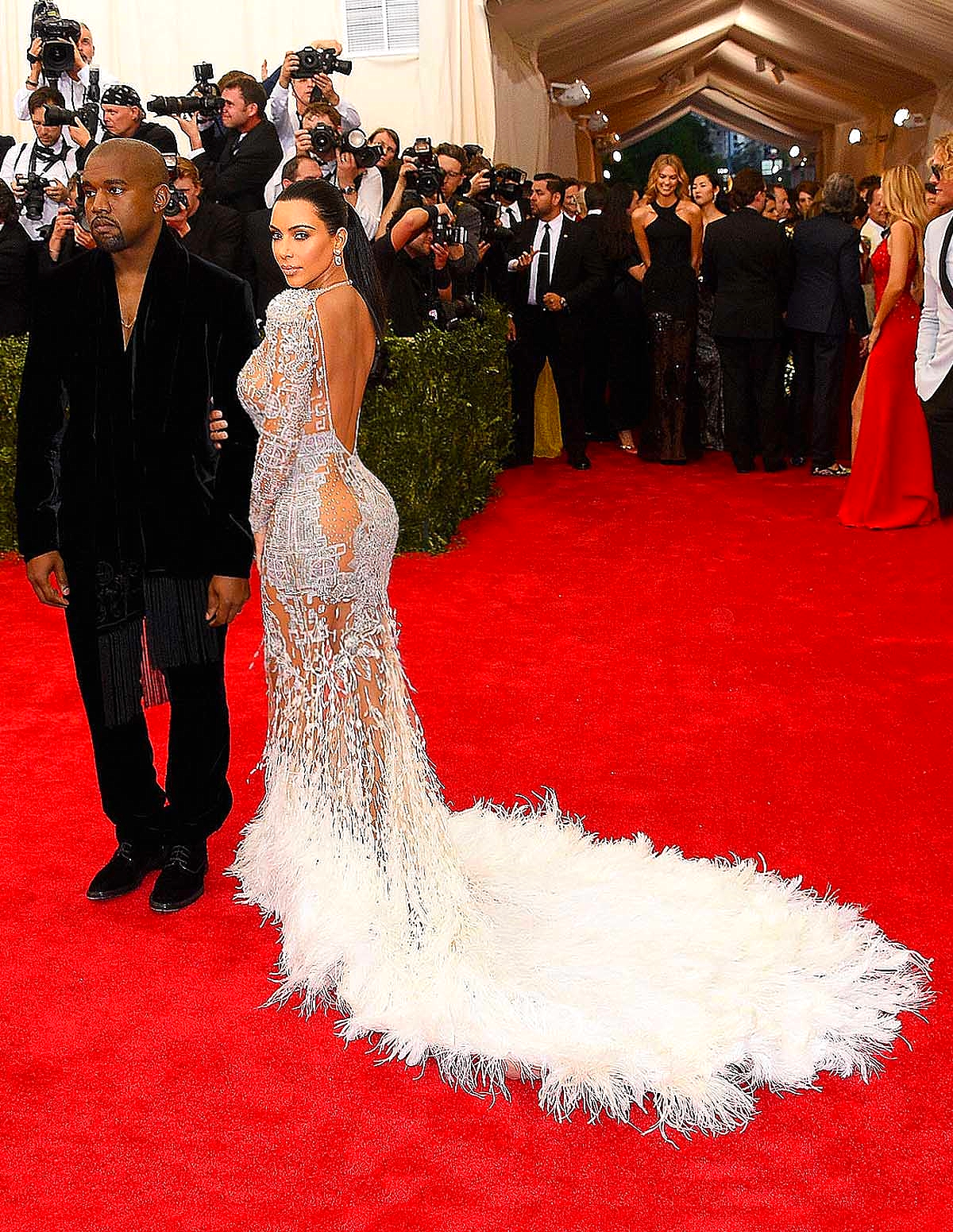 Kim Kardashian in custom Roberto Cavalli                      Getty Images/ Larry Busacca