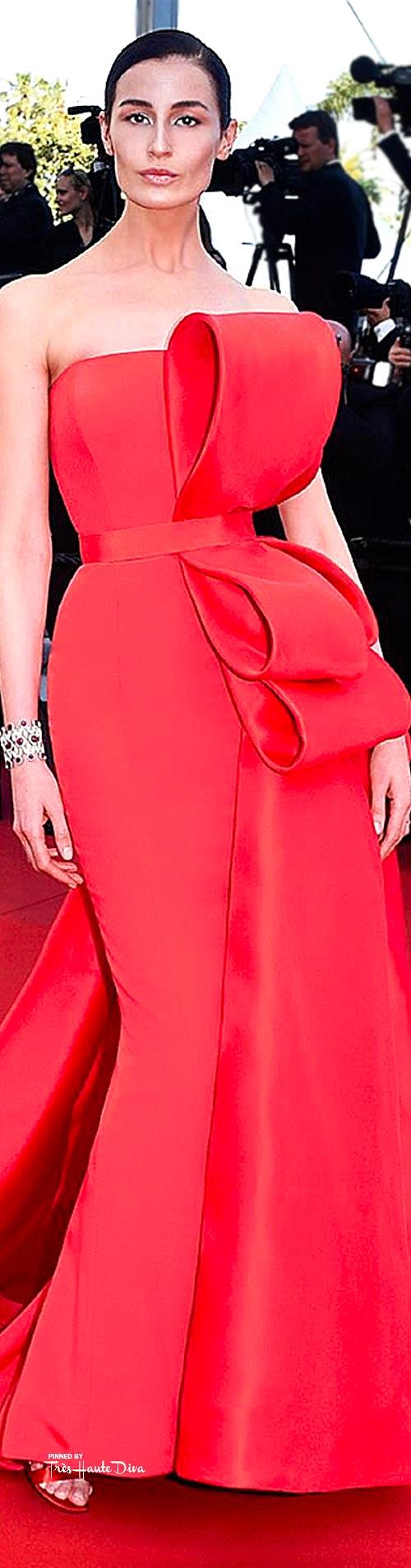 Erin O'Connor in Ralph & Russo Haute Couture  Ralph & Russo/facebook