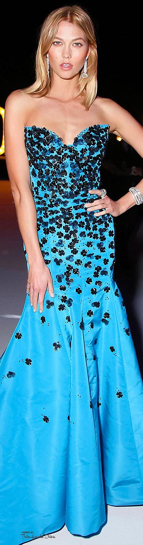 Karlie Kloss in Oscar de la Renta  Photo by Rex Features