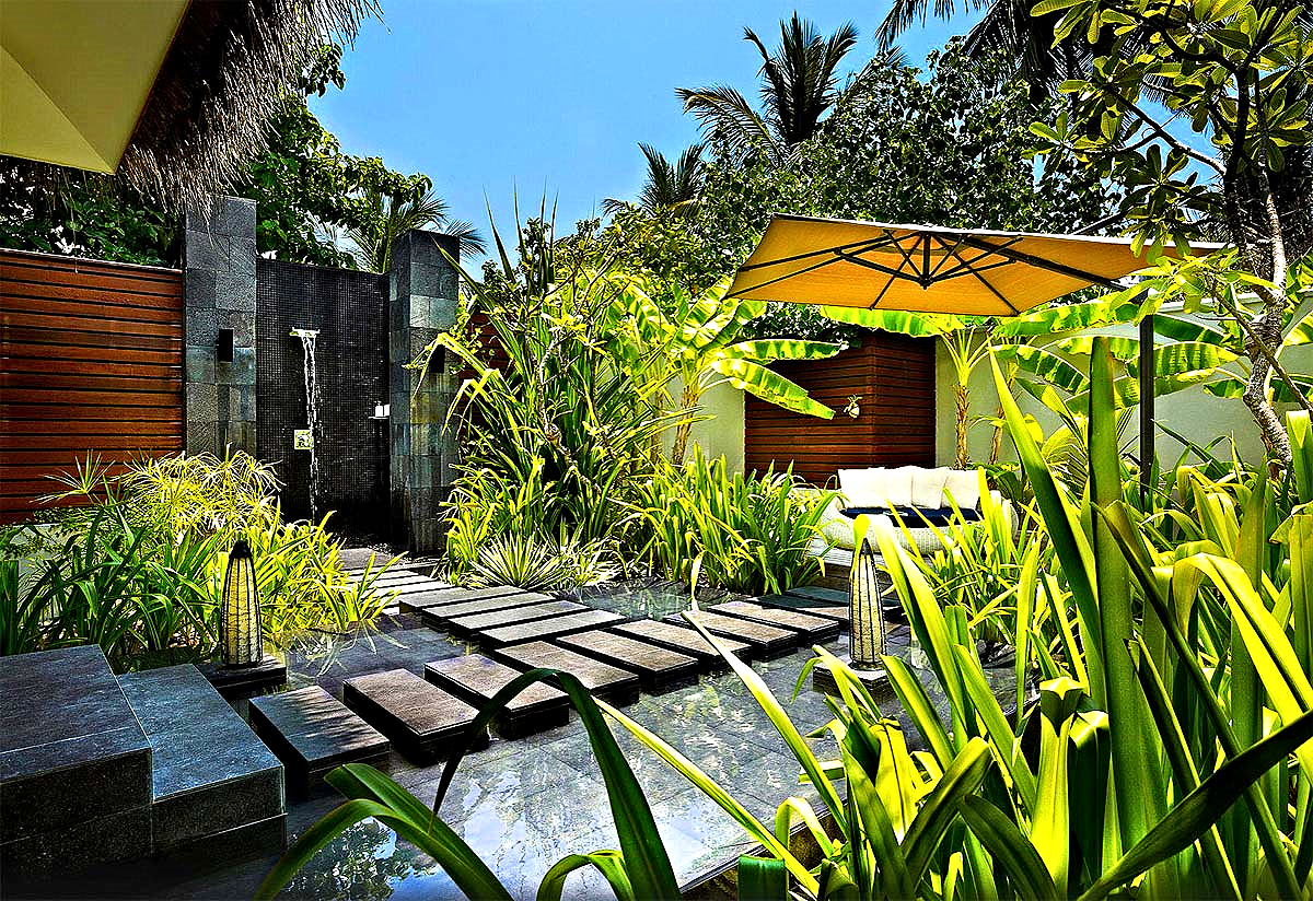 One Bedroom Beach Pavilion Outdoor Shower