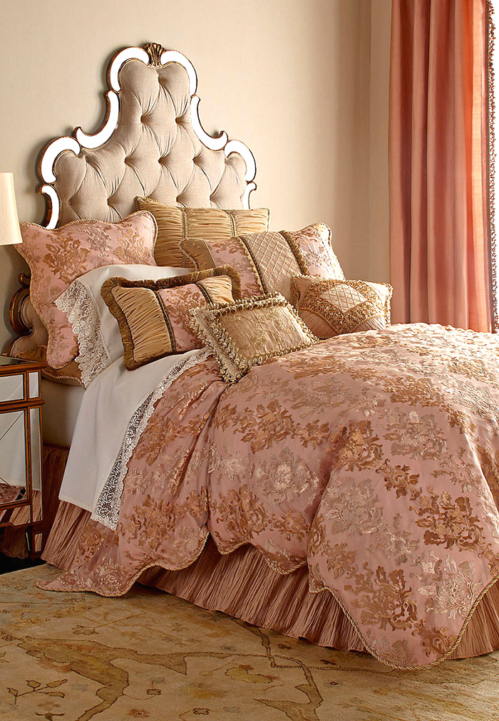 Sweet Dreams King/Queen Alessandra Scalloped Damask Duvet Cover