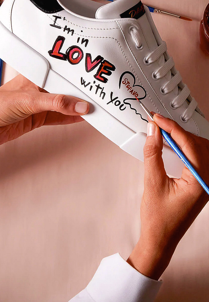 """I'M IN LOVE"" ST. VALENTINE SNEAKERS"