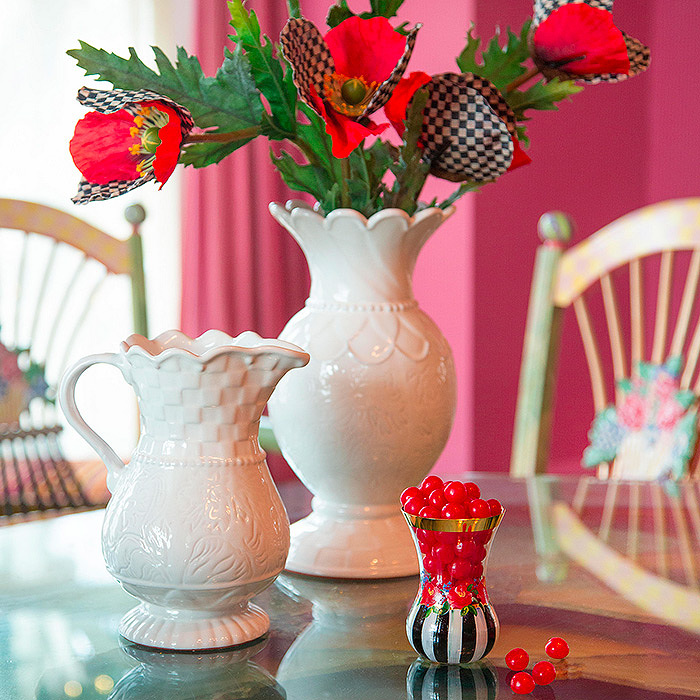 Heirloom Tea Vase & Courtly Check Poppy - Red