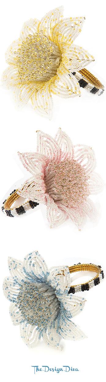 Blossom Napkin Ring via  The Design Diva