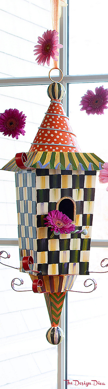 Pagoda Birdhouse via  The Design Diva
