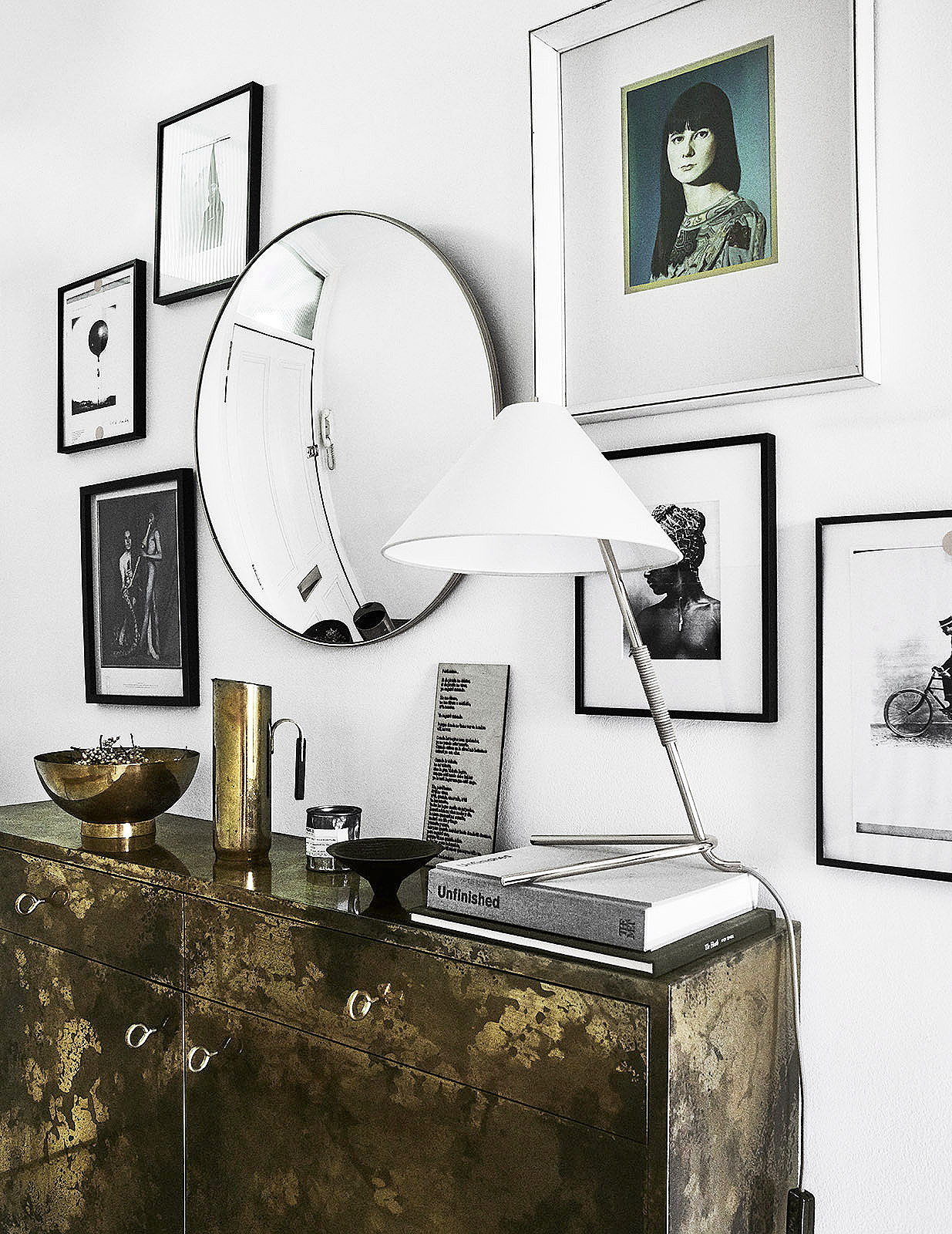 decor-aid-interior-design-hacks-and-ideas-metallics.jpg