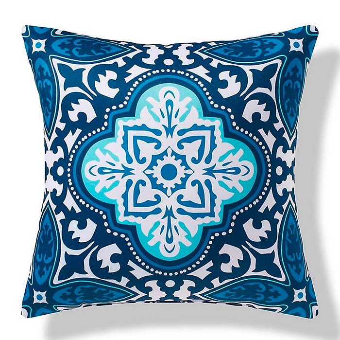 Bonifacio Focus Outdoor Pillow