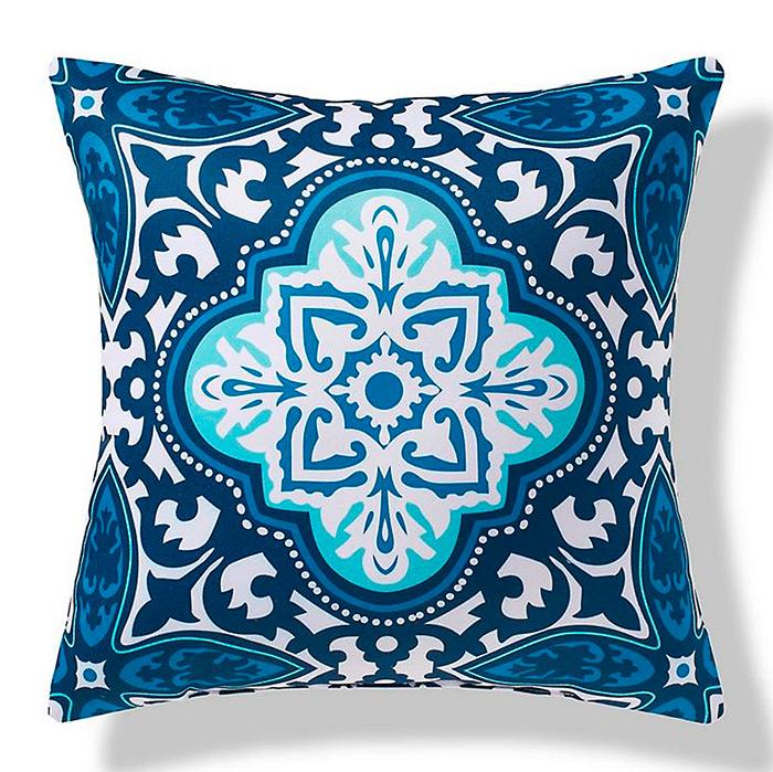 Bonifacio Focus Outdoor Pillow