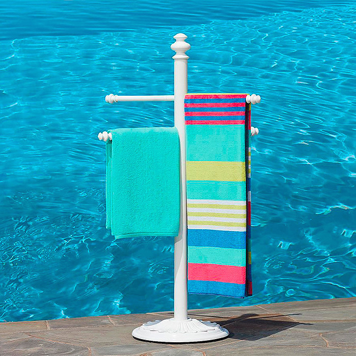 Trapani Aluminum Towel Stand in White