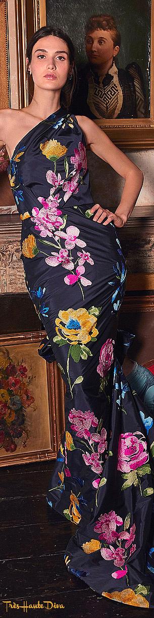 Marchesa Resort 2020 Navy Bow-Embellished Taffeta Gown