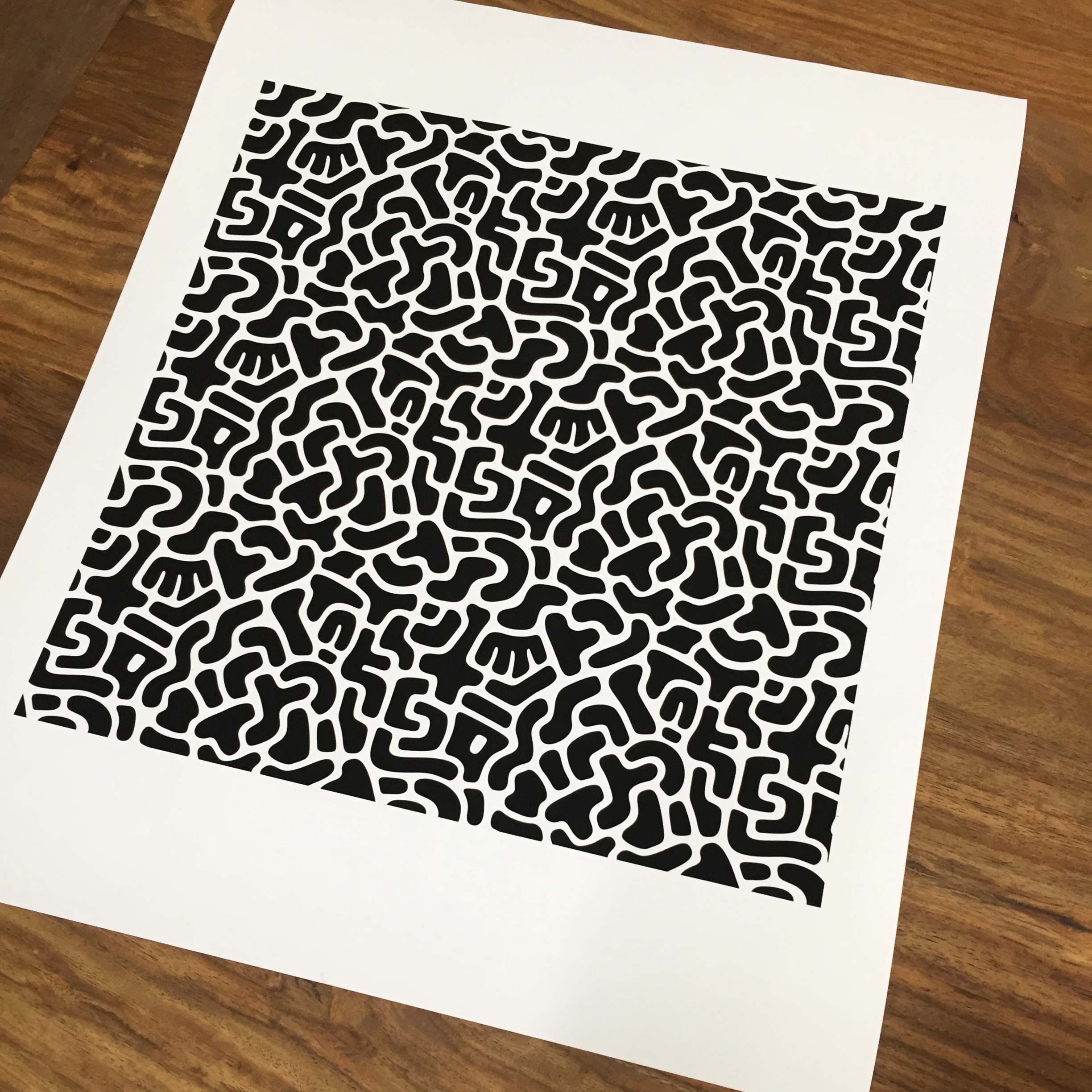 Abstract repeat pattern (print) by Cécile Parker