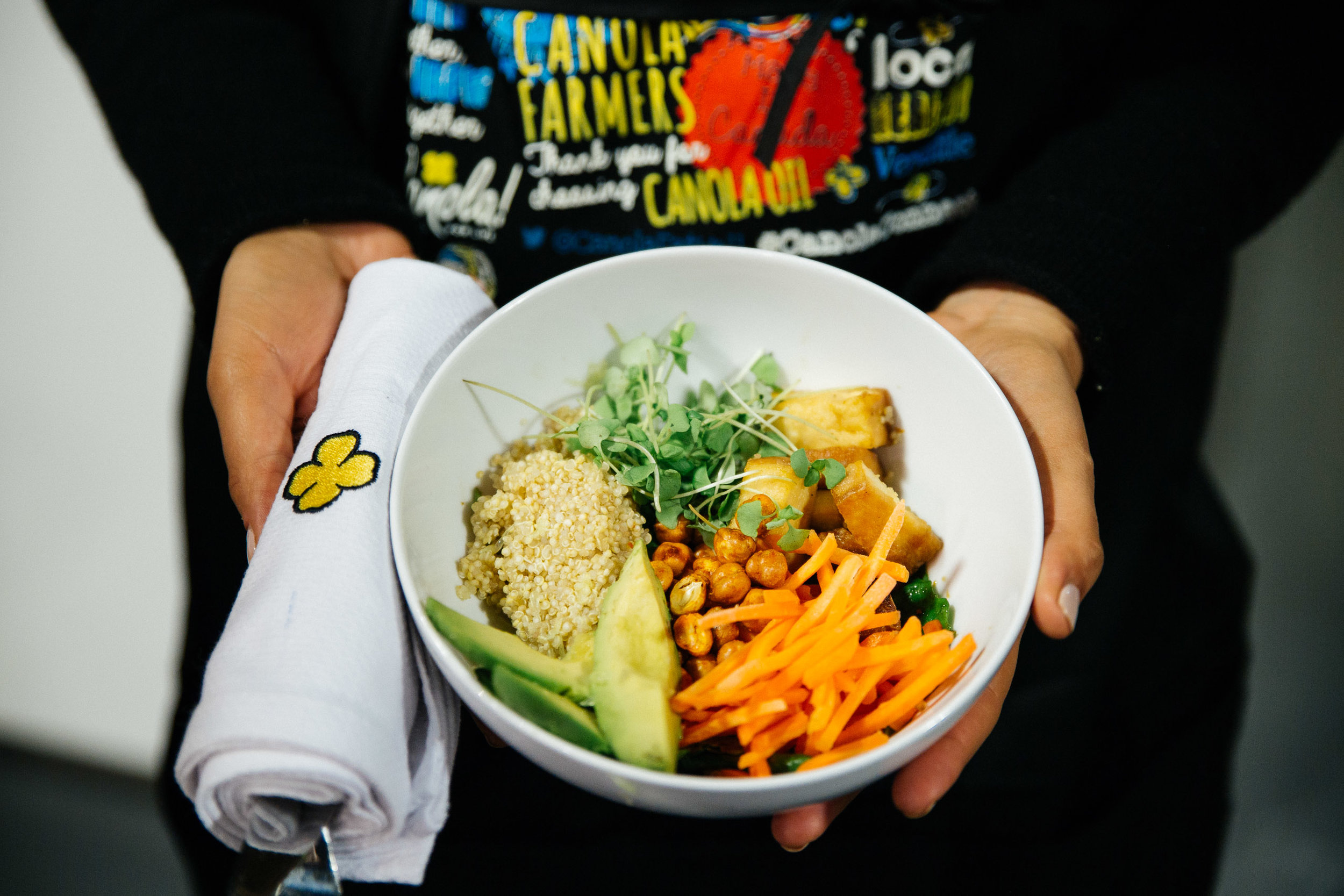 Matty's Workout Power Bowl Baby Kale + Shredded Carrots + Avocado + Quinoa + Crispy Maple Glazed Tofu + Flax Seeds + Roasted Spicy Chickpeas with Canola & Soy Lime Ginger Vinaigrette