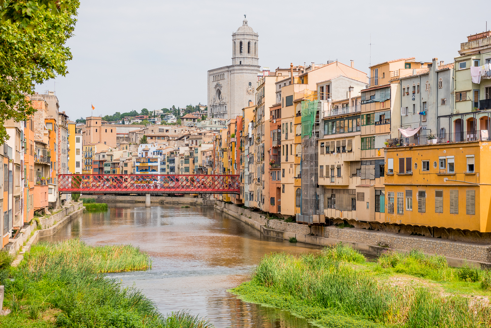 View of the Riu Onyar in Girona. Photo by Tobias Wang.