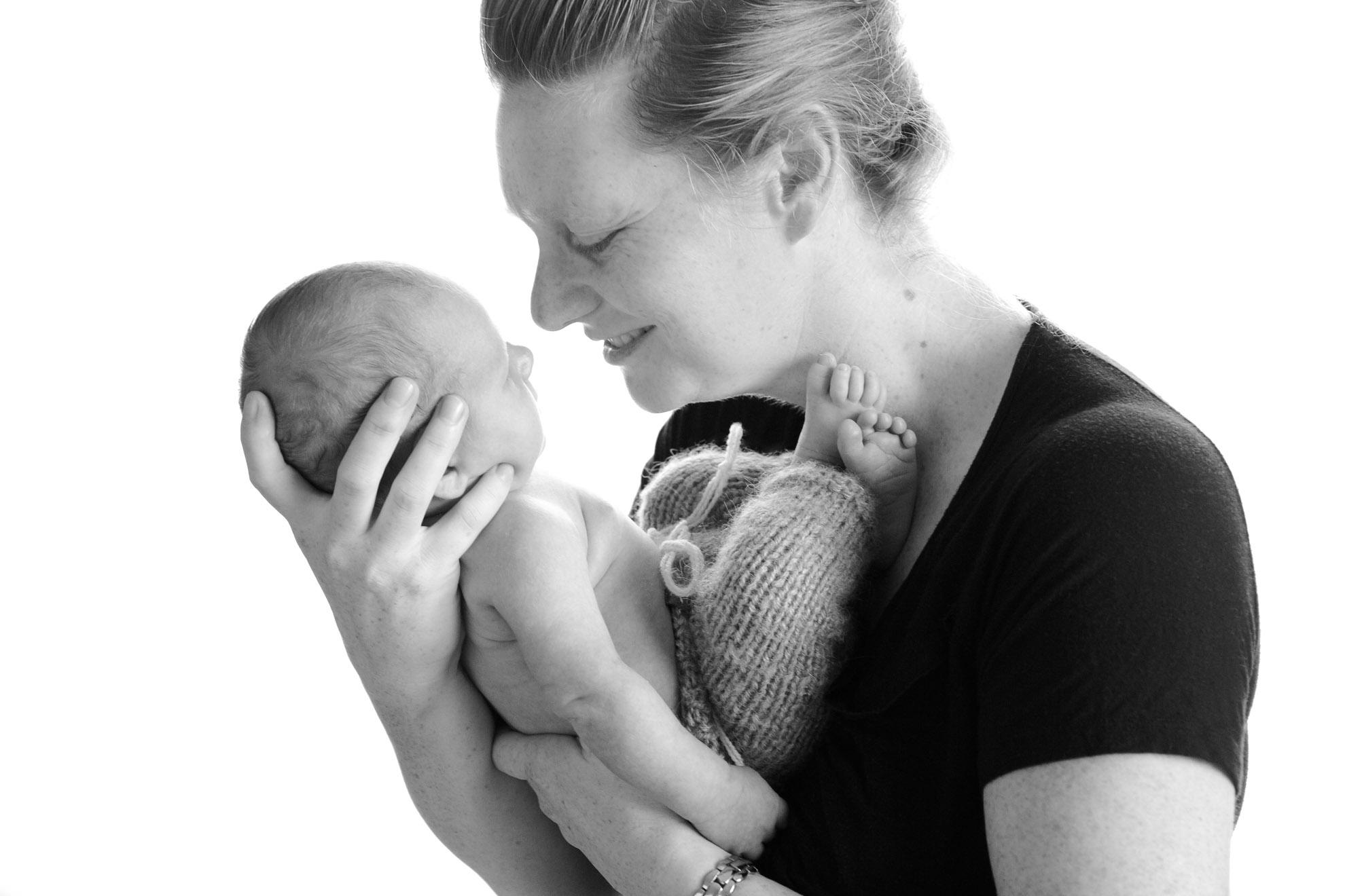 Waikato-newborn-photography-baby-and-mummy