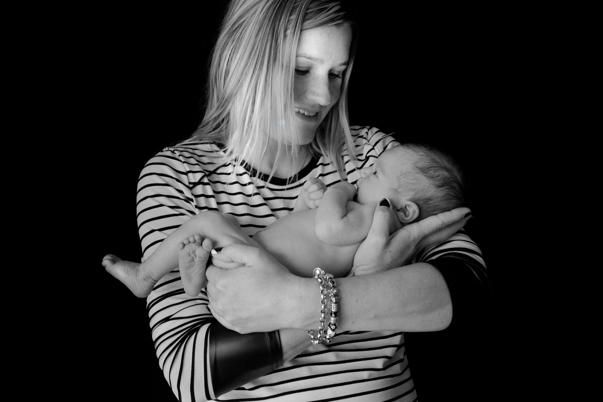 Waikato-newborn-photography-baby-with-mum.jpg