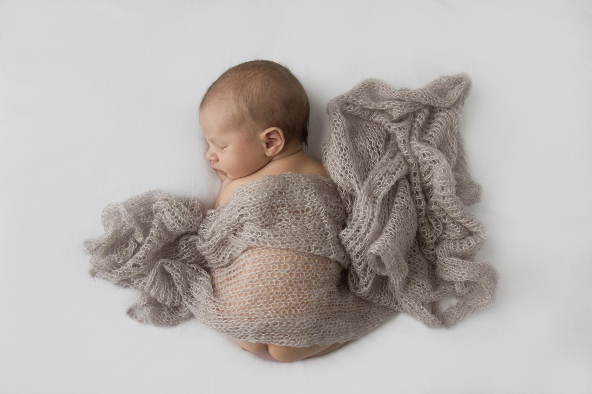 Hamilton-photographer-baby-with-beige-mohair-wrap.jpg
