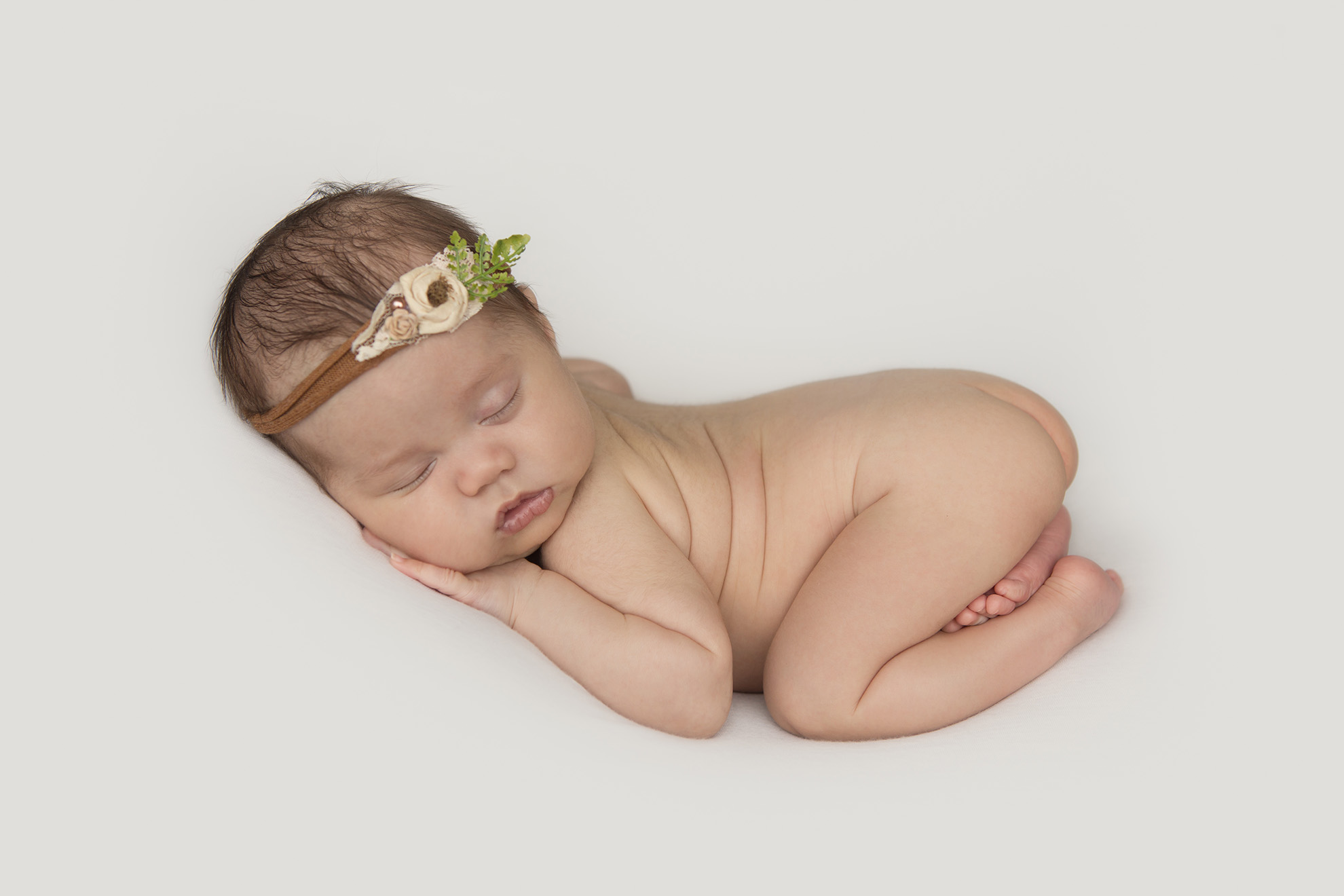 Newborn-baby-photography-naked-baby.jpg