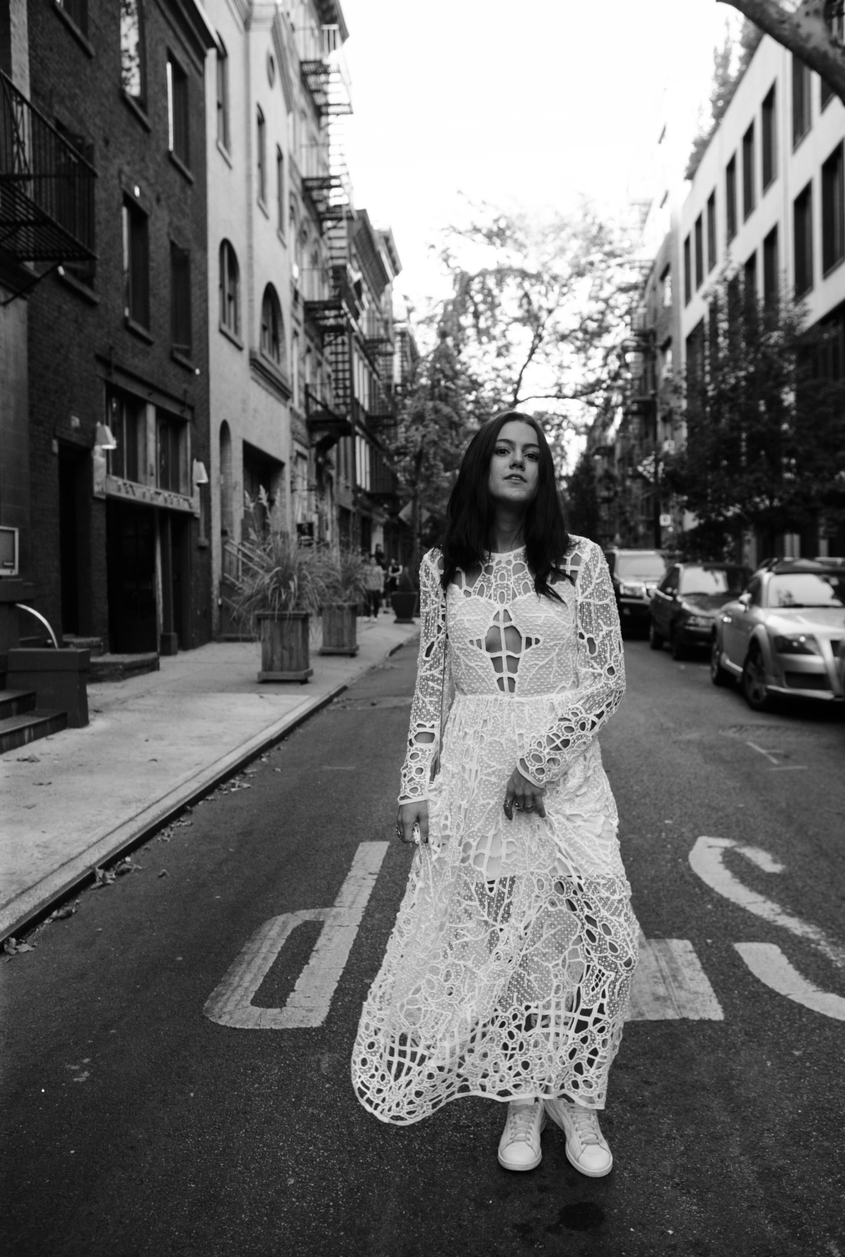 A Vintage Vice - Emma Sousa - 04.jpg
