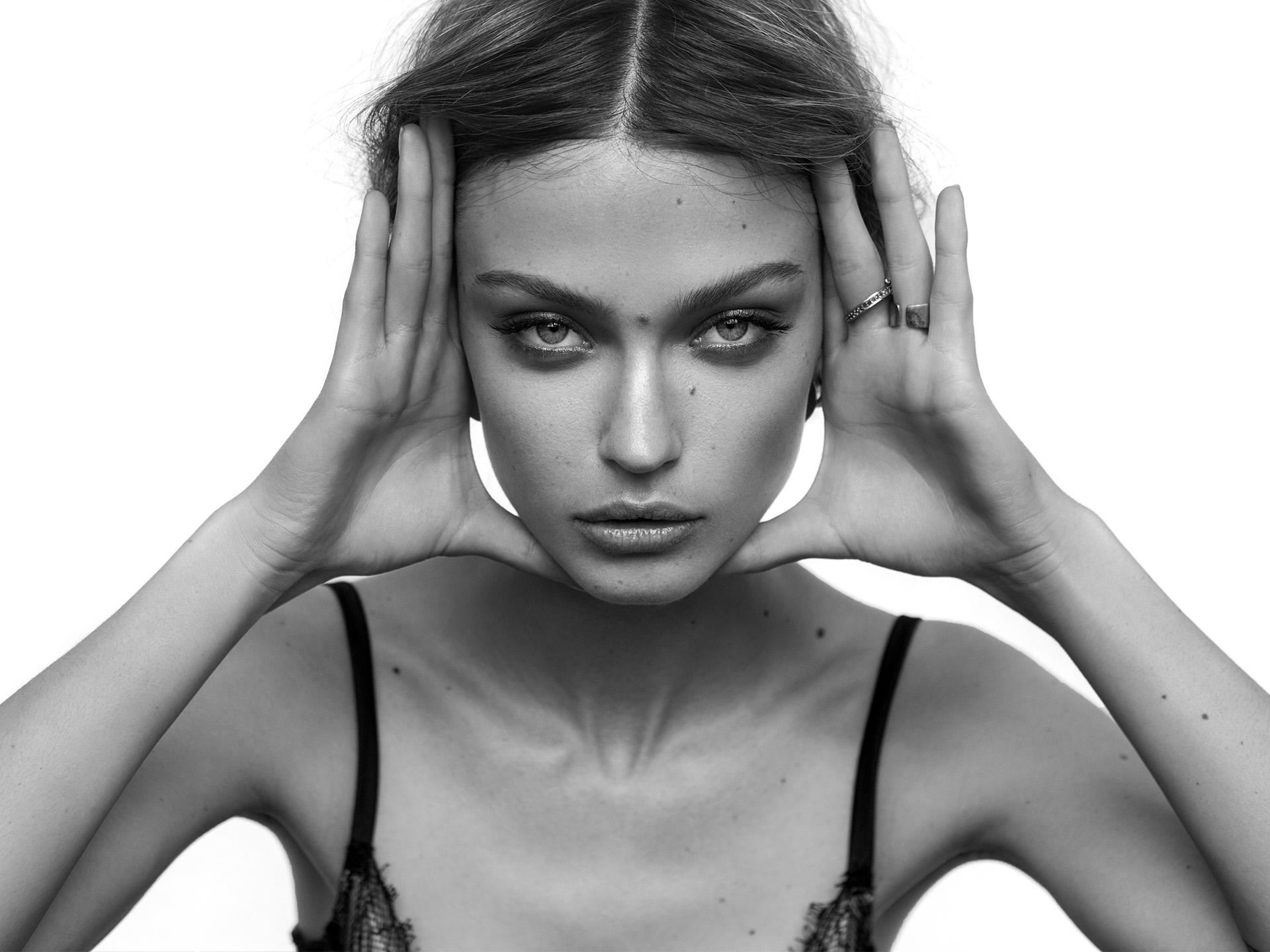 BeckySiegel-VictoriaPlum-2Y5G6750.jpg