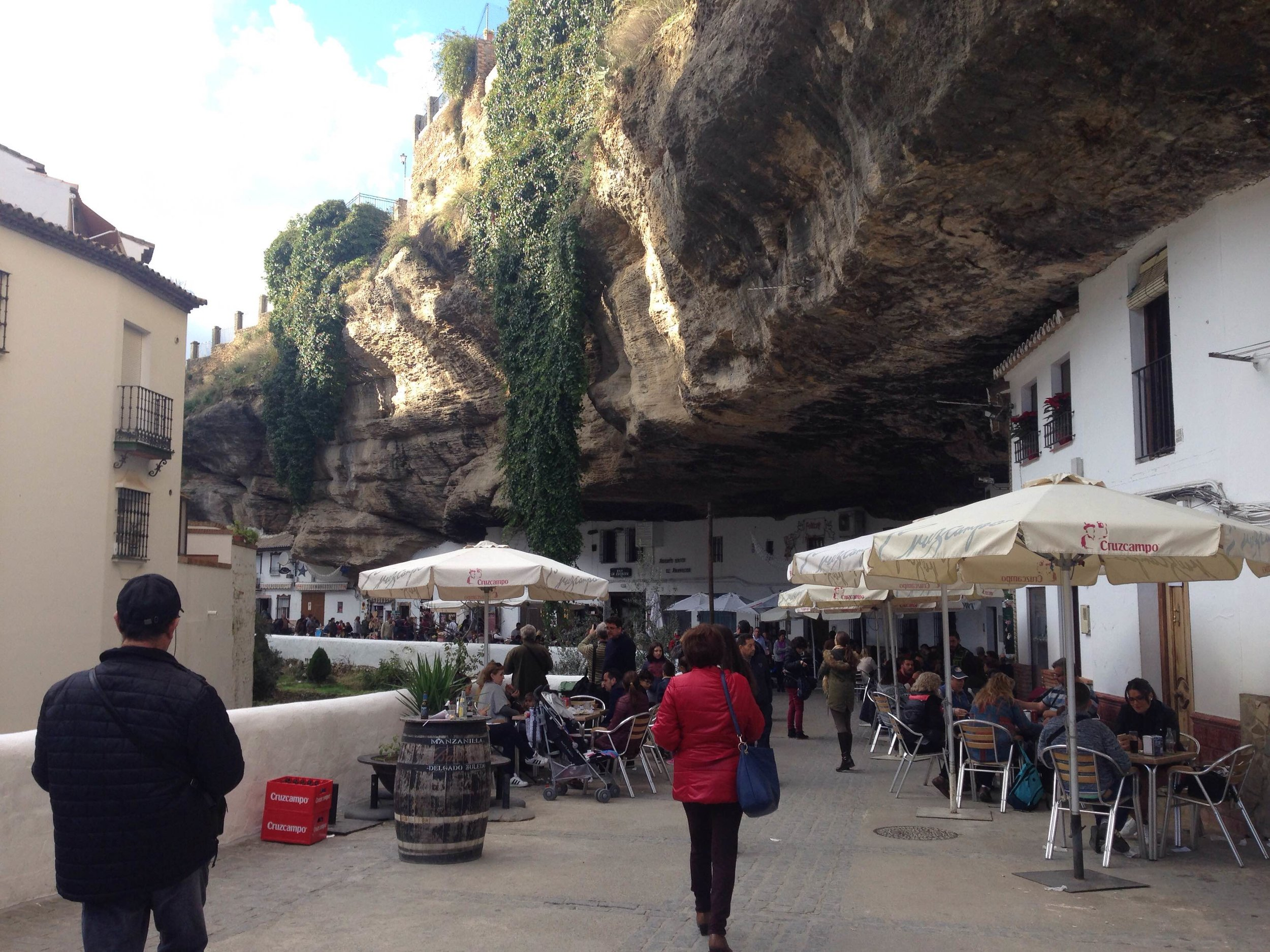 Setenil has two sides, sol y sombra. This is the Sol side because it gets more light during the day.
