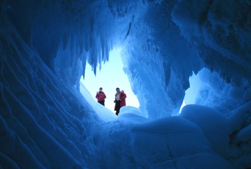 ( Ice cave in Erebus Ice Tongue , Ross Sea, Antarctica. 1978 NOAA Photo Library)