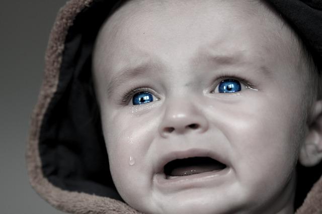 ( Cry Baby  | Tania Van Den Berghen)