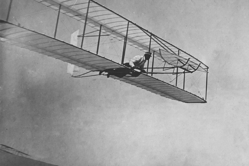 Early Wright brothers flight, 1902