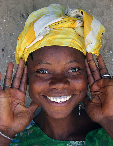 By Ferdinand Reus from Arnhem, Holland (A gambian smile. Uploaded by mangostar) [CC BY-SA 2.0 (http://creativecommons.org/licenses/by-sa/2.0)], via Wikimedia Commons
