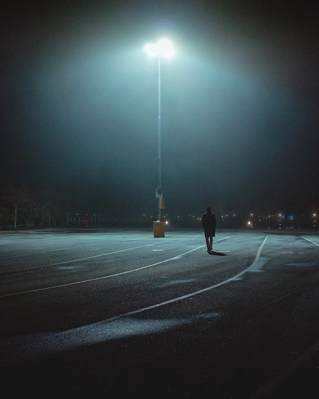 🎧: Cityfade - Against all Logics // Goodbye stranger/ Salut l'inconnu . . . . . #subjectivelyobjective #thespacesilike #cettesemainesurinstagram #anotherescape #ccunderfollowed #EyeEm #lucecurated #oftheafternoon #trappingtones #instagood10k #noicemag #fubiz #broadmag #onbooooooom #somewheremagazine #shadowgram #ifyouleave #theweekoninstagram #ampt #citylimitless #lekkerzine #screen_archive #Ignantpicoftheday #urbanaisle #milkfoto #ongooglemaps #contemporaryphotography #fisheyelemag #lr_moments