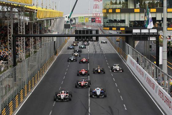 Formel 3 Macau 2015, die Rennserie fährt auf YOKOHAMA Rennreifen
