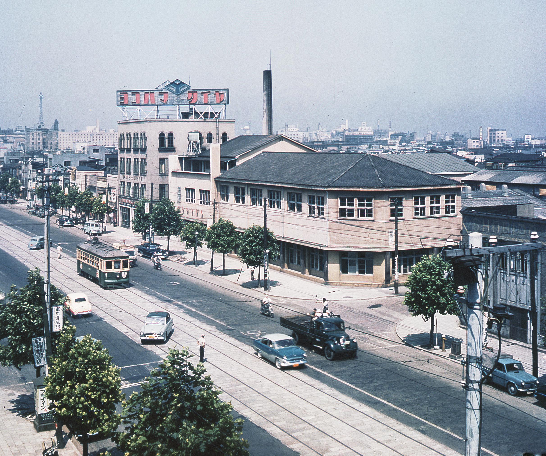 1. Produktion Fabrikgebäude YOKOHAMA 1917