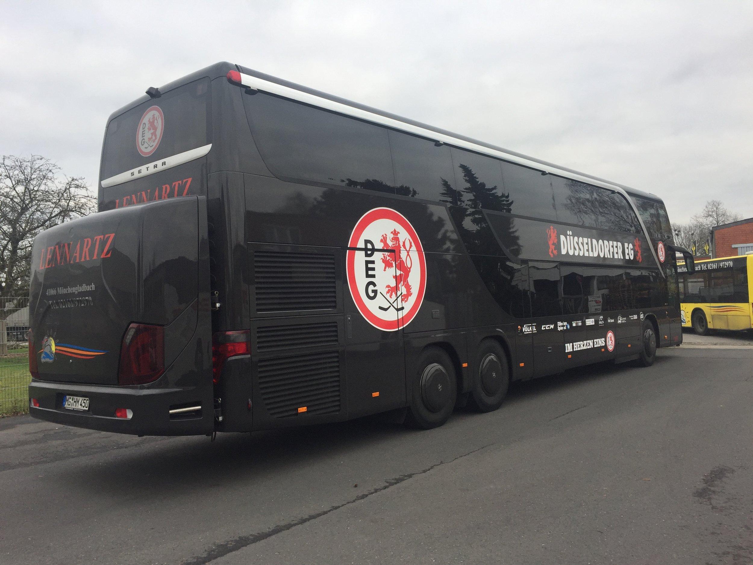 Der DEG Mannschaftsbus ist seit 2017 auf YOKOHAMA Busreifen unterwegs, YOKOHAMA ist Teampartner der #DEG #Düsseldorf