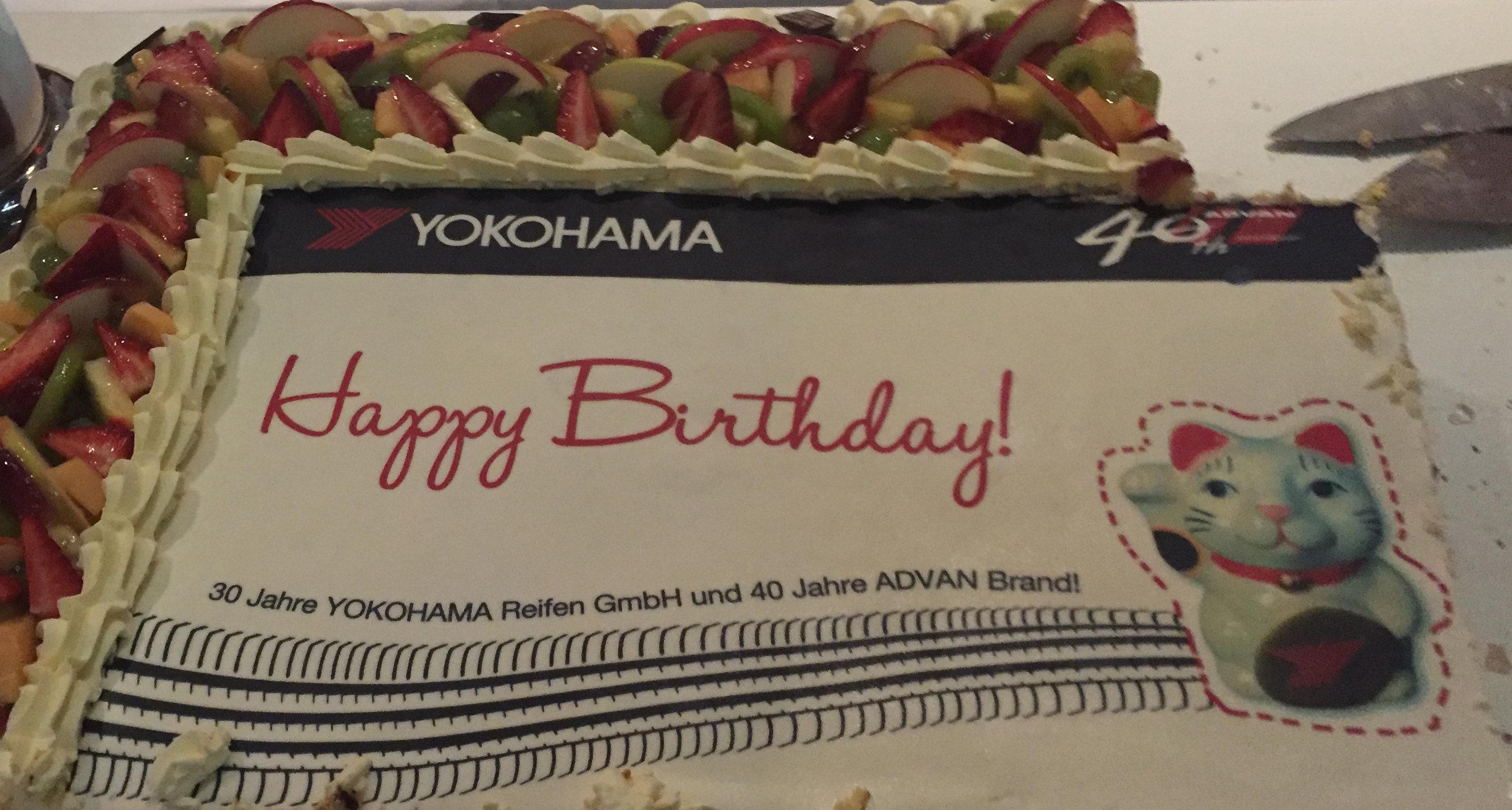 YOKOHAMA Reifen GmbH 30 Jahre Geburtstagstorte 2018