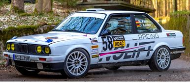 Team NOLIFT Racing auf BMW 318 IS, Bauj.1990