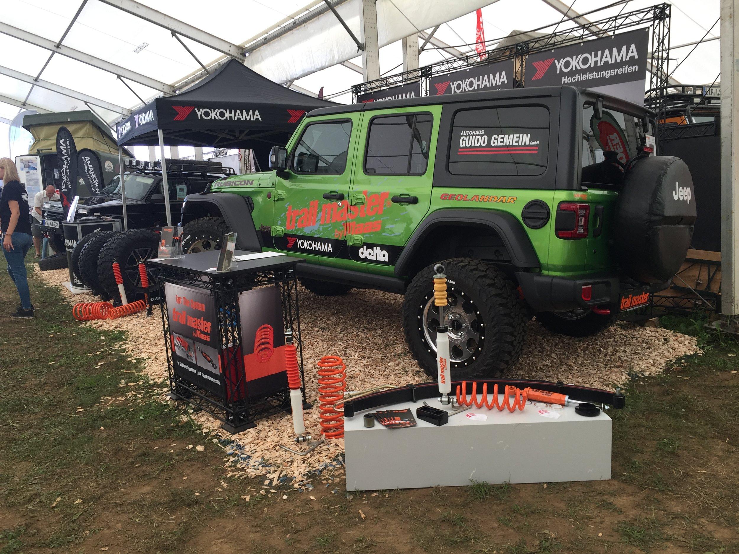 Jeep Wrangler auf GEOLANDAR M/T