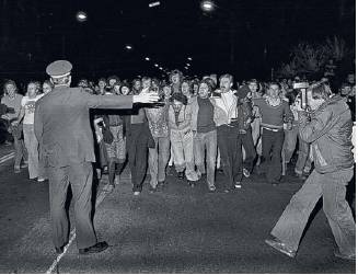 Police try to direct protestors, 1978, Credit: Branco Gaica
