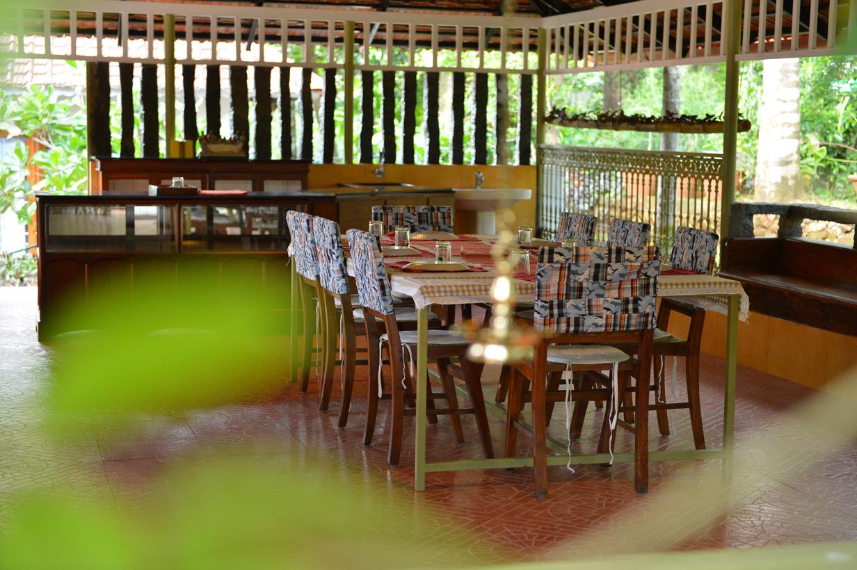 Outdoor_dining_madukkakuzhy