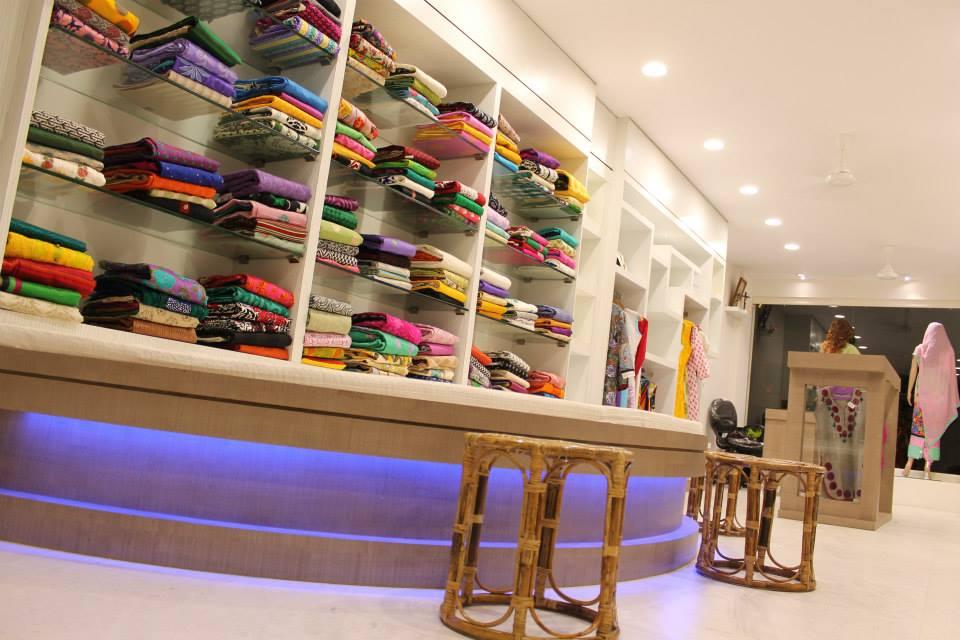 Maureen boutique-interior 3.jpg