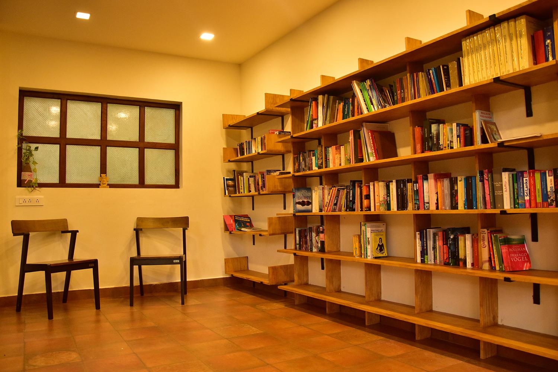 library_treehouse (5).jpg