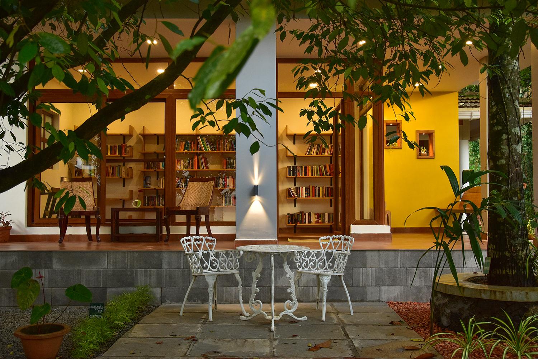 library_treehouse (2).jpg