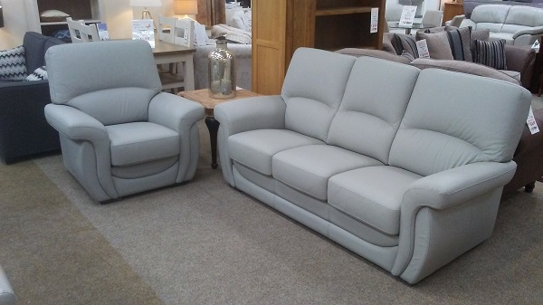 Compact Leather Suites — Lazy Days Sofa Co.