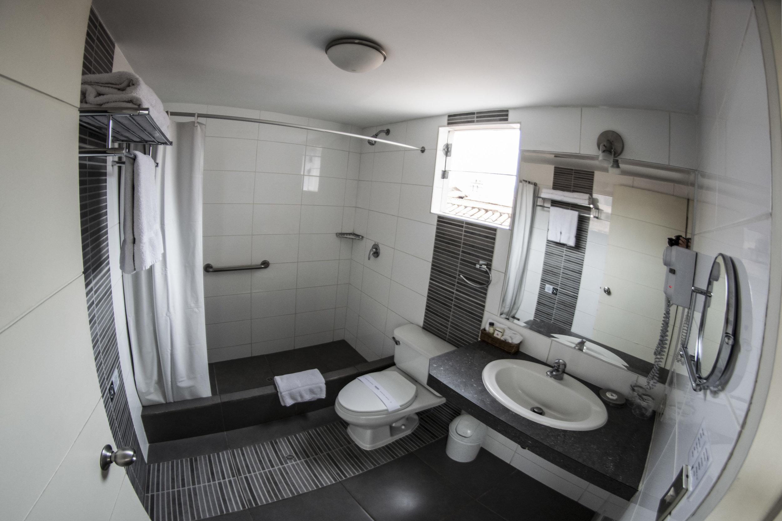 MW_Bathroom_Wide.jpg