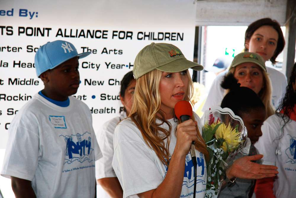 Hunts Point Alliance for Children, works with families to support the education and progress of the children of Hunts Point NY, USA.  Visit the Hunts Point Website .