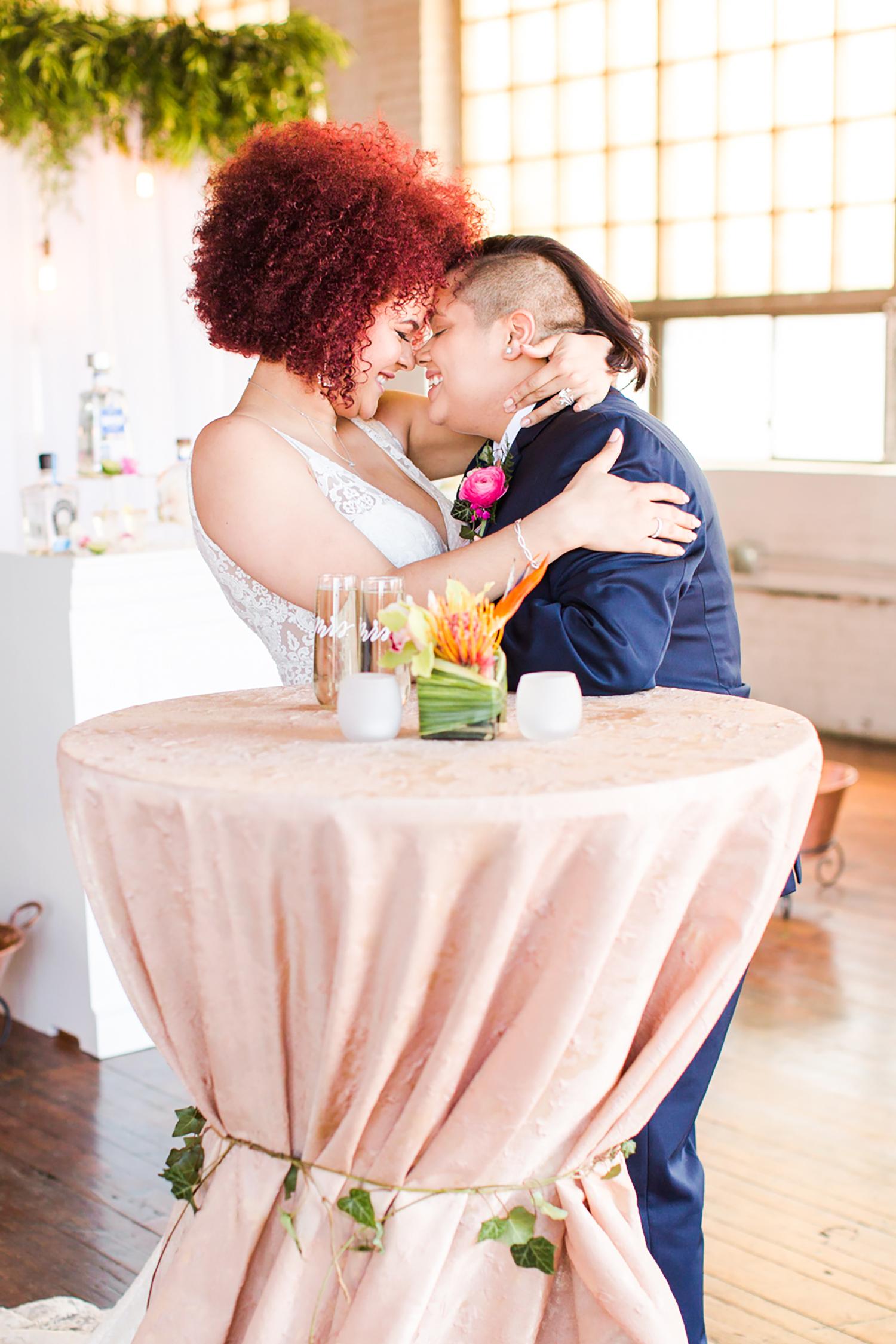tropical-wedding-inspiration-ct-wedding-planner-16.jpg