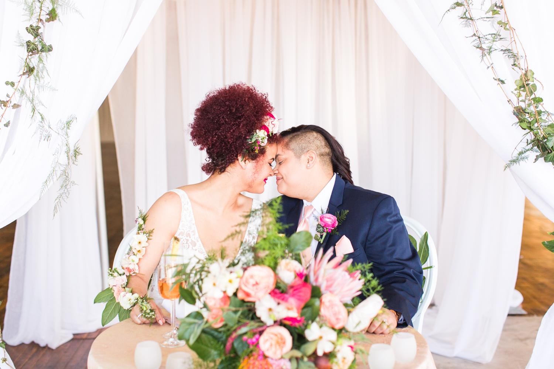 tropical-wedding-inspiration-ct-wedding-planner-31.jpg